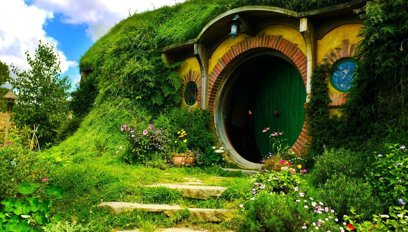 霍比特人绿色圆门